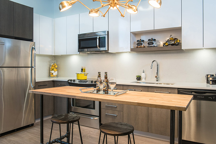 kitchens are contemporary and come with all the latest gadgets and premium finishes.