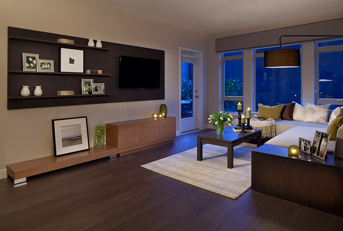 Beautifully laid out living space in this Semiahmoo South Surrey property.