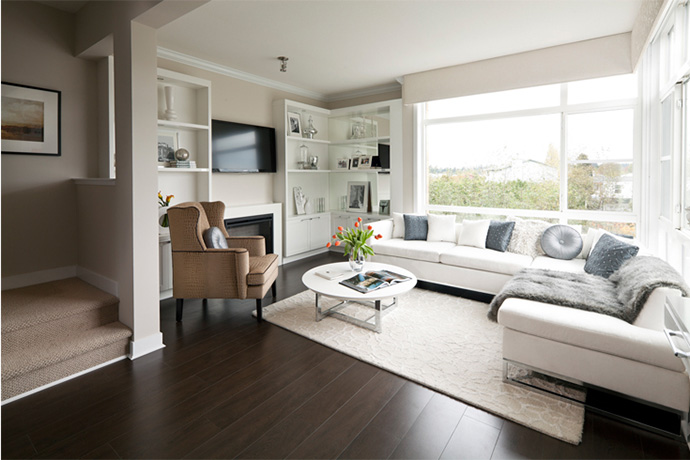 Living spaces at Cirrus Collection BREEZE town homes.