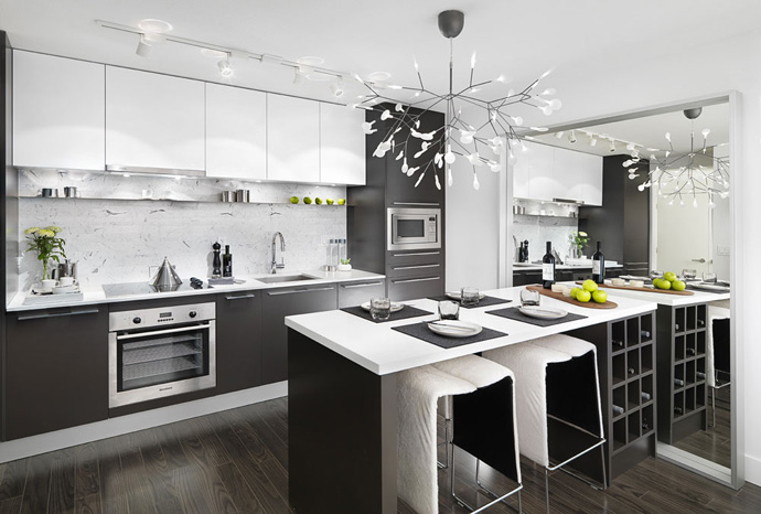 The Armony Cucine cabinets in the kitchen are also presented in the bathrooms and closets.