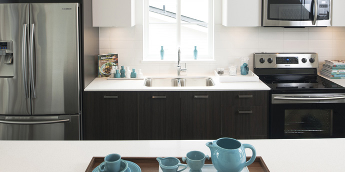 Luxury kitchens at the MOSAIC METRO Burnaby townhomes in Metrotown.