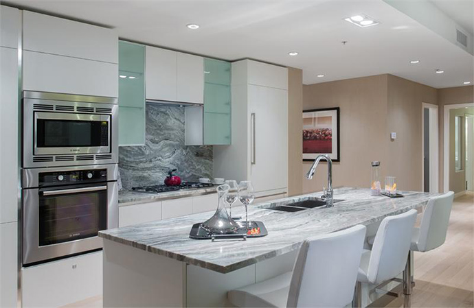 Beautiful kitchens at the West Side Vancouver West 10th Condos by Pinnacle International.